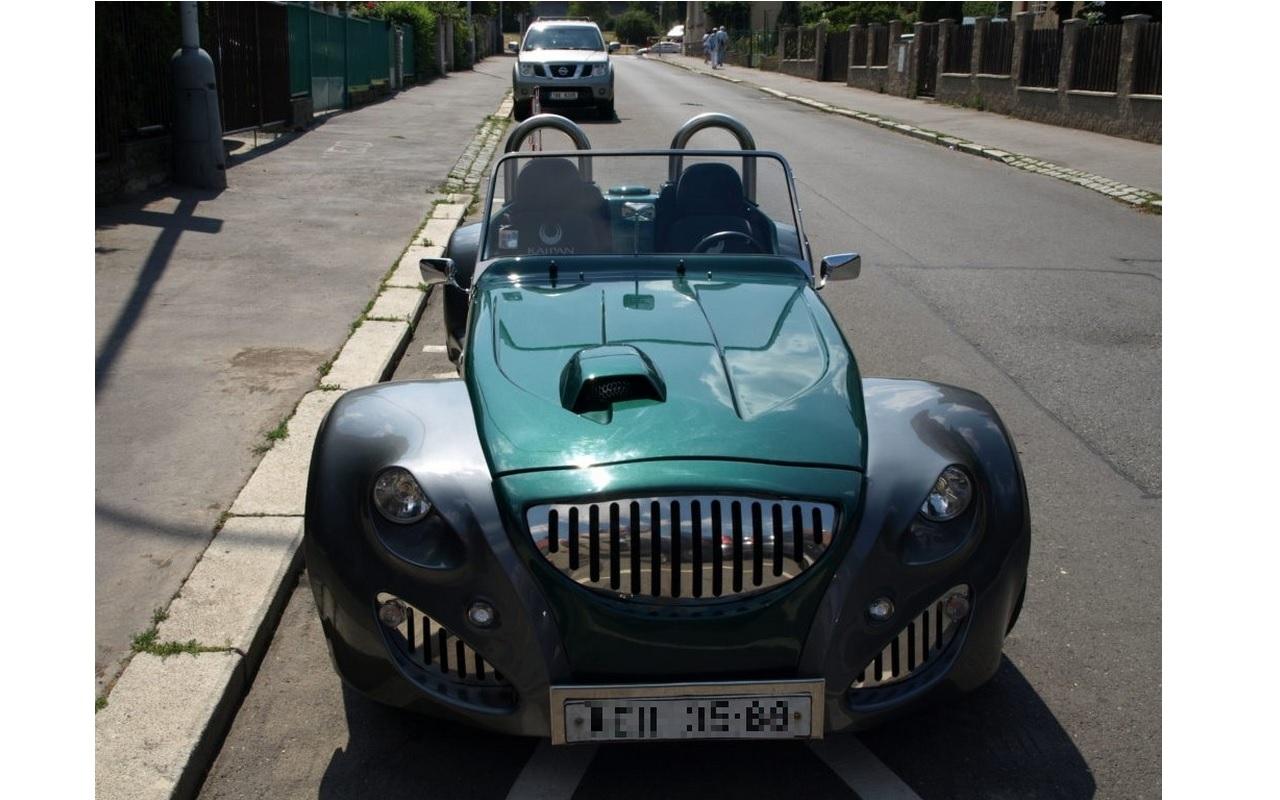 Zakázková vozidla